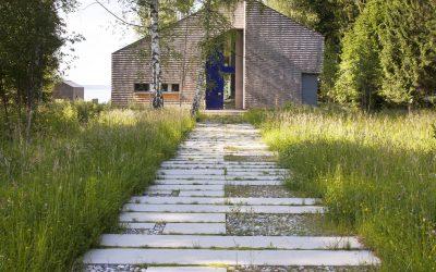 Ogrody ekologiczne- jak projektować w zgodzie z naturą